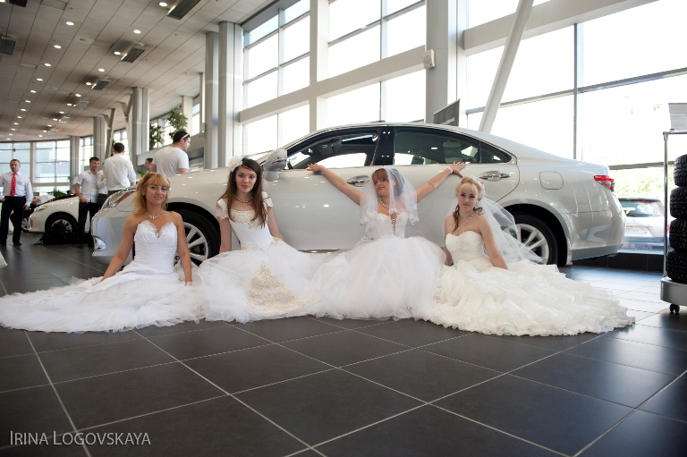 Вы просматриваете изображения у материала: Страна невест 2011 от фотографа Ирины Логовской