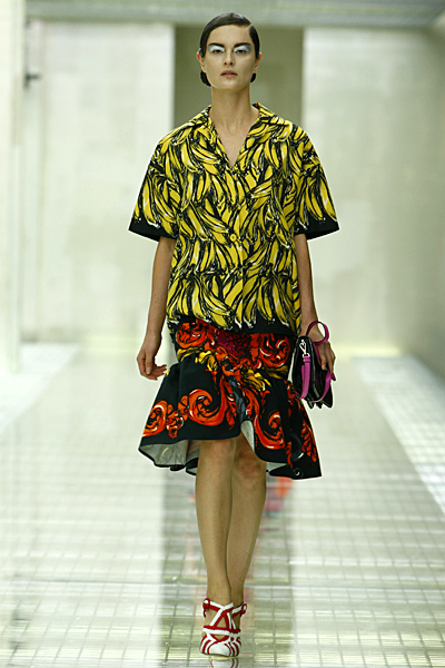 prada-womens-ready-to-wear-clothes-2011-spring-summer-_16
